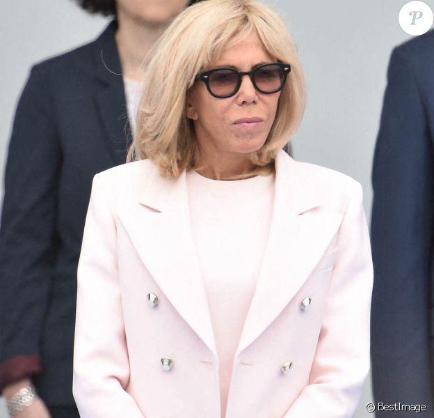 La première dame Brigitte Macron lors de la cérémonie du 14 juillet à Paris le 14 juillet 2020. © Eliot Blondet / Pool / Bestimage