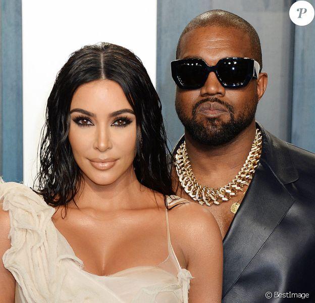 """Kim Kardashian et son mari Kanye West - People à la soirée """"Vanity Fair Oscar Party"""" après la 92ème cérémonie des Oscars 2020 au Wallis Annenberg Center for the Performing Arts à Los Angeles, le 9 février 2020."""