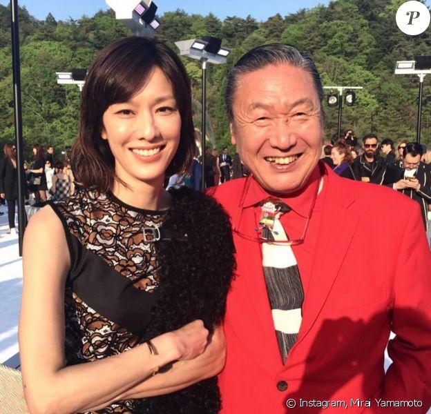Mirai Yamamoto et son père, le créateur de mode Kansai Yamamoto. Photo publiée le 27 juillet 2020.