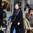 Exclusif - Lily Allen, une cigarette à la main, fait les soldes dans le quartier de Nothing Hill à Londres le 13 janvier 2020.