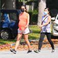 Exclusif - Lea Michele, enceinte, se balade avec sa mère Edith Sarfati. Santa Monica, Los Angeles, le 28 juillet 2020.