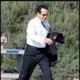 Tony Shalhoub (alias Adrian Monk) sur le tournage de sa série (Malibu, 15 septembre 2009)