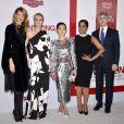 """Niecy Nash, Laura Dern, Kristen Wiig, Hong Chau et Alexander Payne à la première du film """"Downsizing"""" à Los Angeles en 2017."""