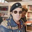 """Francis Lalanne - Le """"33e Salon du Livre"""" au parc des expositions de la porte de Versailles à Paris, le 20 mars 2016. © Perusseau/Bestimage"""