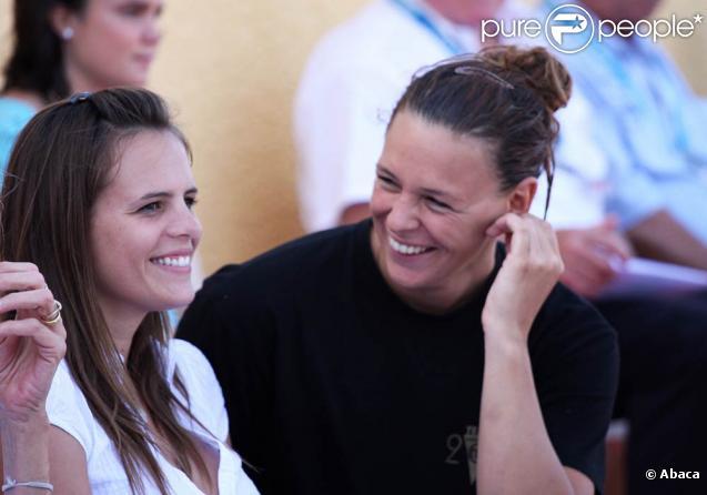 Esther Baron et son amie Laure Manaudou