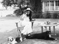 """Meghan Markle """"à la maison"""" : look d'été avec ses chiens et... Gloria Steinem"""