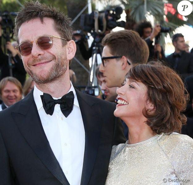 """Emma de Caunes et son mari Jamie Hewlett - Montée des marches du film """"Youth"""" lors du 68e Festival de Cannes."""