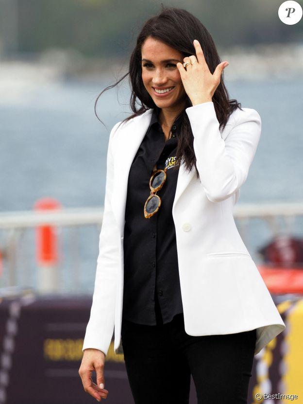 """Meghan Markle, duchesse de Sussex, enceinte, au """"Jaguar Land Rover Driving Challenge"""" en ouverture des """"Invictus Games 2018"""" sur Cockatoo Island. Sydney, le 20 octobre 2018."""