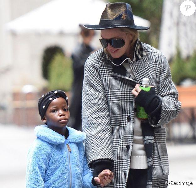 Madonna et une de ses jumelles à New York, 2018.