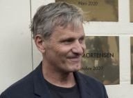 Viggo Mortensen, Vincent Lindon très masqués : les stars défilent au Festival Lumière