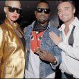 Amber Rose, dans sa superbe veste dorée, a accompagné Kanye West durant toute la Fashion Week parisienne, qui s'est tenue début mars 2009 !