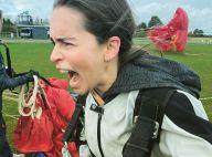 """Emilia Clarke se jette d'un avion pour ses 34 ans : elle ne vole pas """"qu'avec des dragons"""" !"""