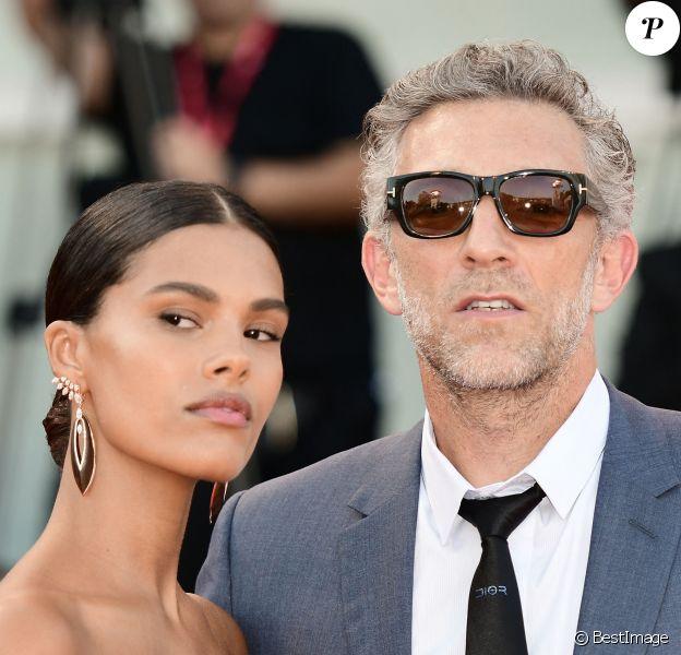 """Vincent Cassel et sa femme Tina Kunakey - Red carpet pour le film """"J'accuse!"""" lors du 76ème festival du film de venise, la Mostra."""
