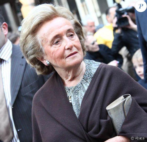 Bernadette Chirac se bouge pour les personnes âgées hospitalisées