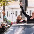 Exclusif - Chrissy Teigen et son mari John Legend paradent à West Hollywood pour fêter la victoire de Joe Biden, le 7 novembre 2020.