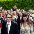 Lorànt Deutsch et Marie-Julie Baup lors du mariage de Jean d'Orléans, le 2 mai 2009.