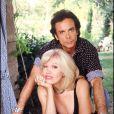 Archives - Amanda Lear et son mari Alain-Philippe Malagnac, dans leur villa de Saint-Rémy-de-Provence