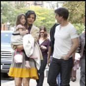 Katie Holmes, Suri et Connor vont voir Tom Cruise travailler... et suent à grosses gouttes !