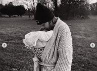 Gigi Hadid maman : nouvelles photos avec sa fille de 2 mois, le top model est épuisé