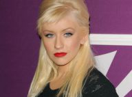 Quand Christina Aguilera vous présente son nouveau parfum c'est... bouche sensuelle et transparence ! Sexy !