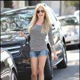 Kristin Cavallari sort de chez le coiffeur et se promène dans les rues de Beverly Hills le 8 octobre 2009