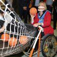 Sophie Cluzel Secrétaire d'Etat chargée des personnes handicapées en déplacement à la Résidence Bernard Palissy à Joinville-le-Pont, lors de la Journée mondiale des personnes handicapées. Le 3 décembre 2020
