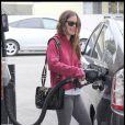 Rachel Bilson a emmené son chéri Hayden Christensen à l'aéroport de Los Angeles, le 12 octobre 2009. Trop mignon !
