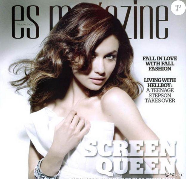 Olga Kurylenko en couverture de ES Magazine