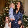 Jade Lagardère et ses trois enfants. Décembre 2020.