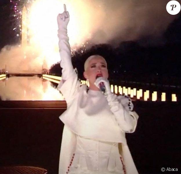 """Katy Perry dans l'émission """"Celebrating America"""", diffusée sur toutes les grandes chaînes américaines lors de la journée d'investiture du nouveau président Joe Biden. Photo by Biden Inaugural Committee via CNP/ABACAPRESS.COM"""