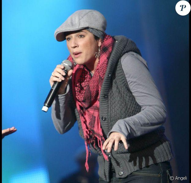 Aux Muzik'elles de Meaux, à l'été 2009, Diam's portait déjà le voile... sous la casquette