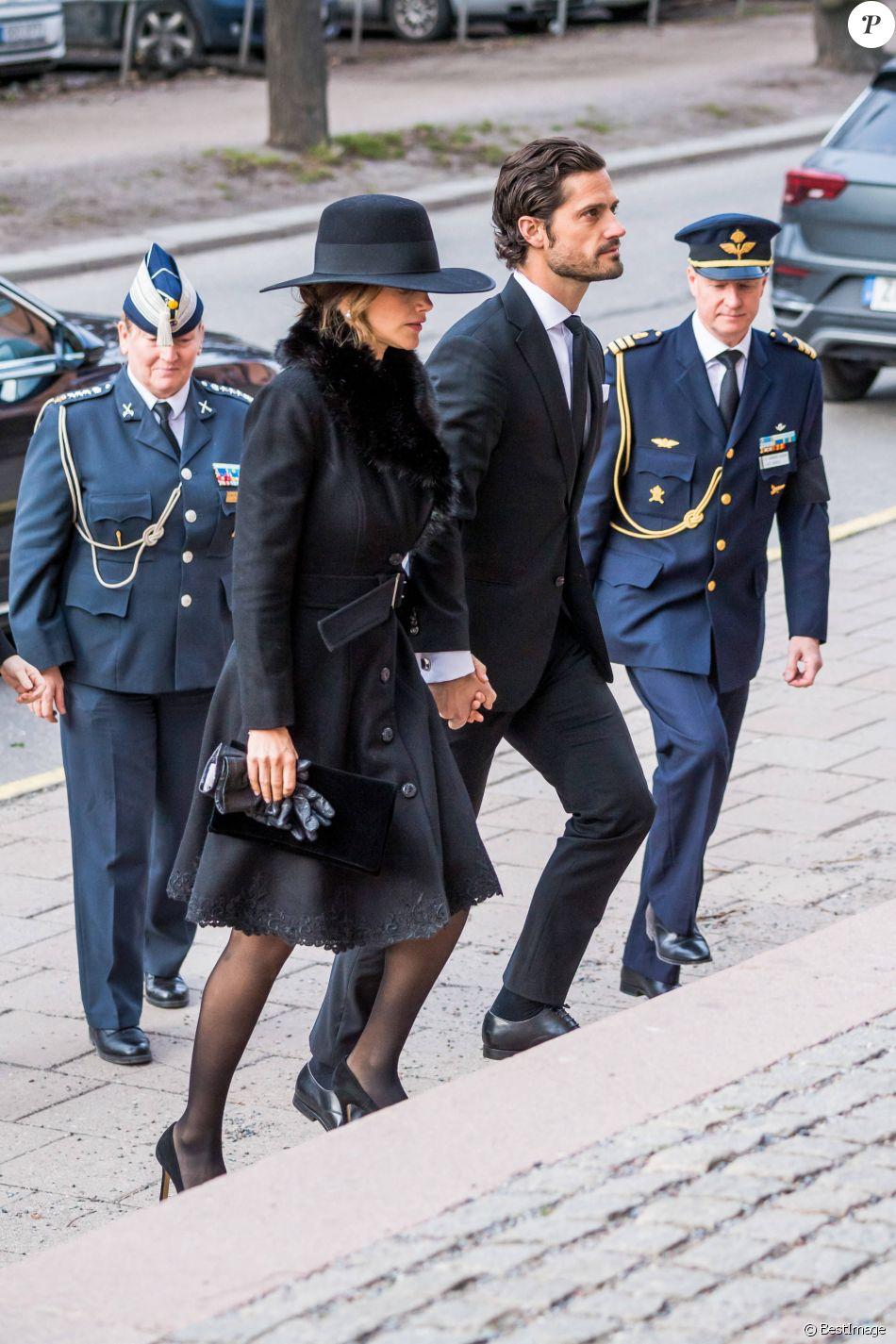 Le prince Carl Philip de Suède, la princesse Sofia ...