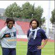 Tonton David et Doc Gyneco lors d'un match de foot pour Cités Stars à Créteil.