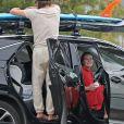 """Exclusif - Leighton Meester et Adam Brody fêtent leur 6ème anniversaire de mariage en faisant du surf pendant 90 minutes à Malibu, le 15 février 2021. Le couple s'est rencontré sur le tournage de """"The Oranges"""" et a aujourd'hui deux enfants."""