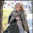 Hilary Duff sort du salon de coiffure Ken Paves le 22 octobre 2009 à Los Angeles