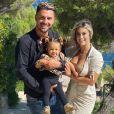 Carla Moreau et Kevin Guedj avec leur fille Ruby, photo Instagram