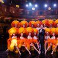 """Exclusif - Stéphane Bern et les danseuses du Moulin Rouge - Enregistrement de l'émission """"La grande soirée du 31 à Versailles"""", qui sera diffusée sur France 2. Le 15 décembre 2020 © Tiziano Da Silva - Cyril Moreau / Bestimage"""