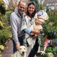 Delphine Wespiser pose avec Roger pour Pâques, sur Instagram, avril 2018.