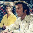 """Jessica Walter et Clint Eastwood dans le film """"Un frisson dans la nuit"""", sorti en 1971."""