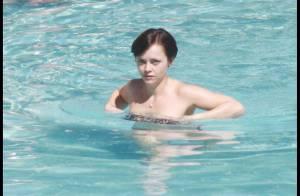 Christina Ricci dans un tout petit bikini : un corps superbe et un chéri... démasqué !