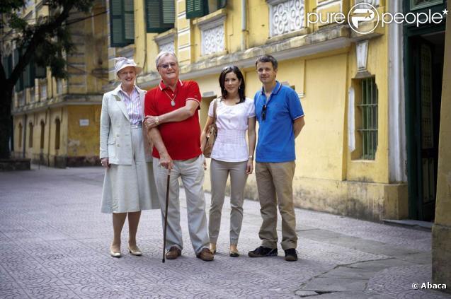 Le prince Henrik, la reine Margrethe II, le prince Frederik et la princesse Mary : les royaux danois ont entamé à Hanoi leur visite de 8 jours au Vietnam !