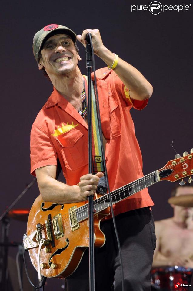 Manu chao sur la scène du festival Solidays à paris, le 28 juin 2009 !
