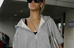 Rihanna : Avant de nous présenter sa sublime demeure, elle nous offre... un très joli sourire !