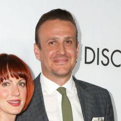 Alexis Mixter et son compagnon Jason Segel à la première de 'The Discovery' au théâtre The Vista à Los Angeles, le 29 mars 2017