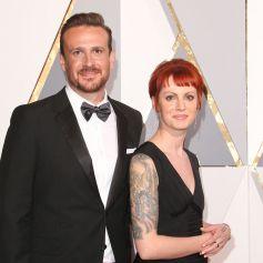Jason Segel et sa compagne Alexis Mixter, - Arrivées à la 88ème cérémonie des Oscars à Los Angeles le 28 février 2016.