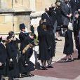 La reine Elisabeth II d'Angleterre, Catherine Kate Middleton, la duchesse de Cambridge, Zara Phillips (Tindall) et Mike Tindall, la princesse Eugenie d'York et son mari Jack Brooksbank, la princesse Beatrice d'York et son mari Edoardo Mapelli Mozzi - Arrivées aux funérailles du prince Philip, duc d'Edimbourg à la chapelle Saint-Georges du château de Windsor, Royaume Uni, le 17 avril 2021.