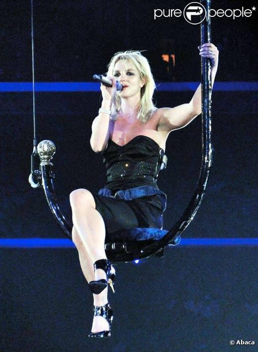 Britney Spears en concert avec son spectacle Circus à Los Angeles en septembre 2009