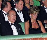 Valéry Giscard d\'Estaing, prix trop Virilo 2009 pour  />La Princesse et le Président. </i>Ici avec Lady Di qui lui a inspiré le livre.<br />&nbsp;&raquo; height=&nbsp;&raquo;133&Prime; /></a><a href=