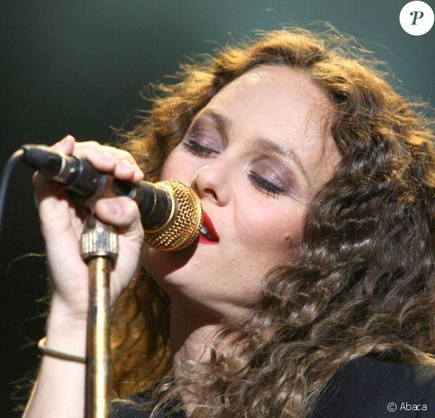 Vanessa Paradis sera en concert acoustique à La Cigale, à Paris, le 22 novembre 2009.