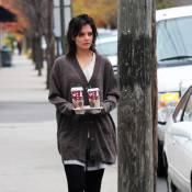 Katie Holmes : Retour à New-York, petite mine et look... improbable ! Elle recommence !